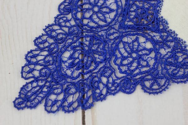 Due to its fine properties, DecoBob™ can easily be incorporated into any intricate design such as thread lace.